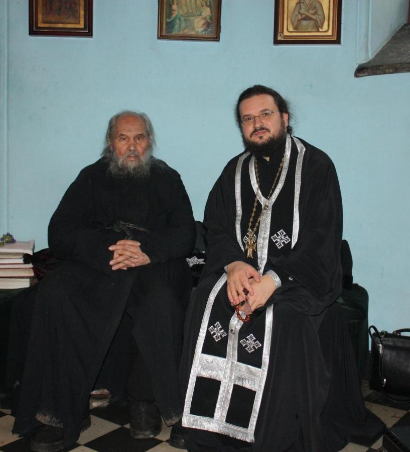 архимандрит и епископ