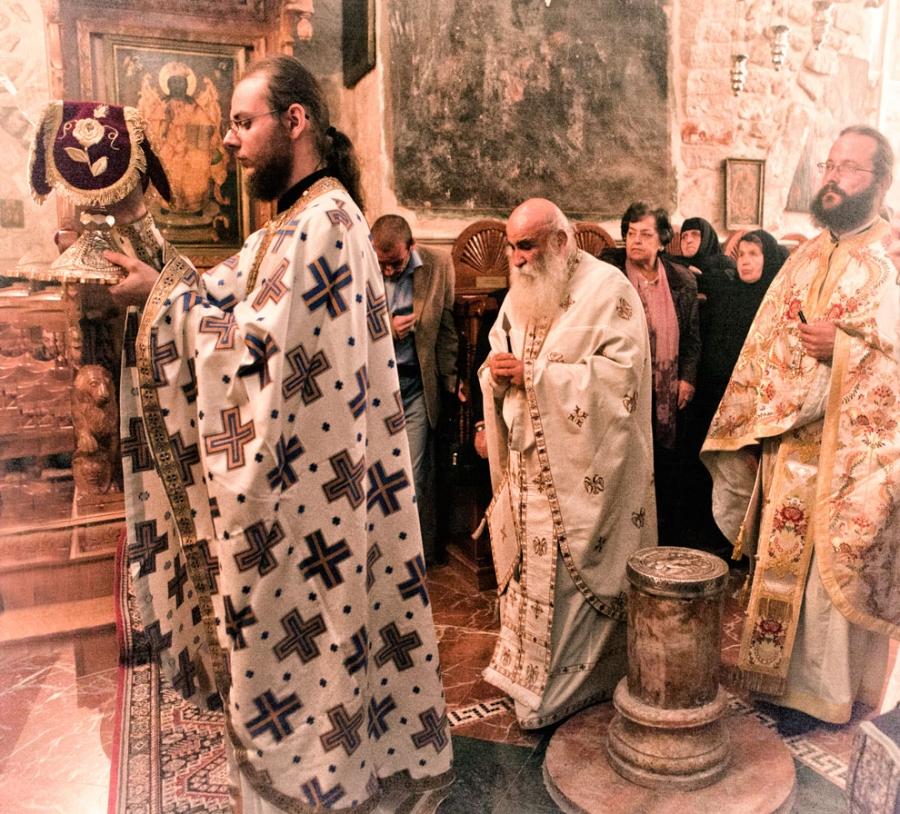 Храм Архангела Михаила в Иерусалиме.Греческая литургия