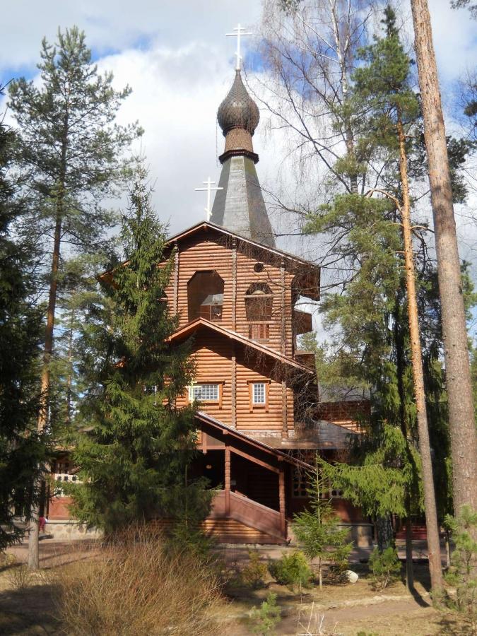 Храм Казанской иконы Божией Матери в Вырице