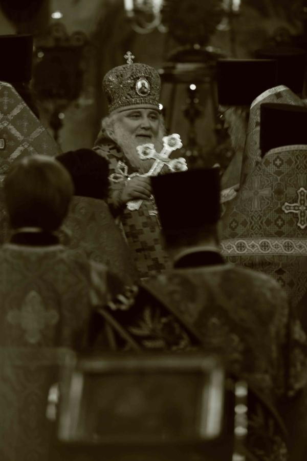 Литургия в Успенском соборе Московского Кремля