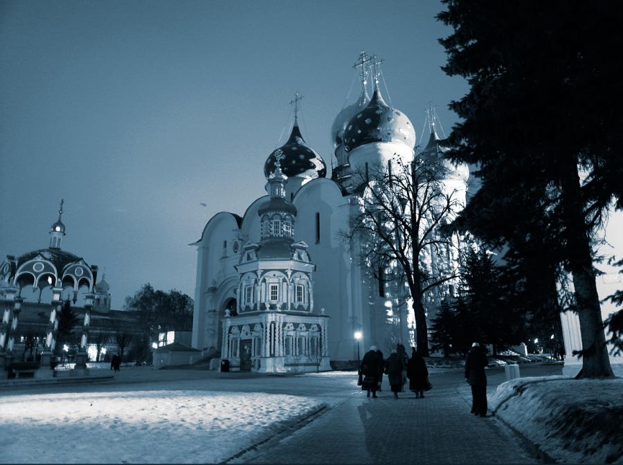 Троице-Сергиева Лавра ночью
