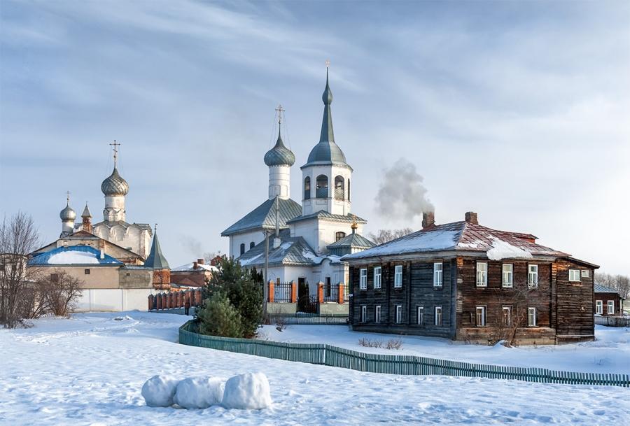 Церковь Николы в Подозерье и Рождественский монастырь
