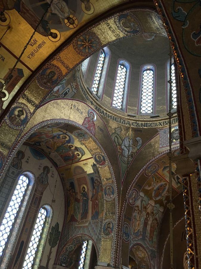 Под сводами Покровского храма