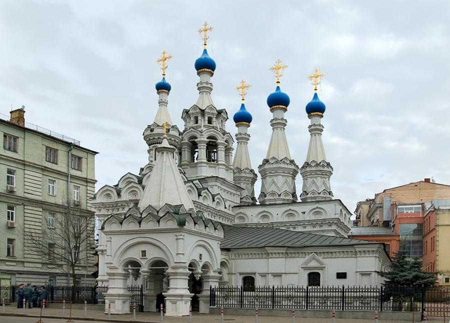 Храм Рождества Богородицы в Путинках (1652 год)