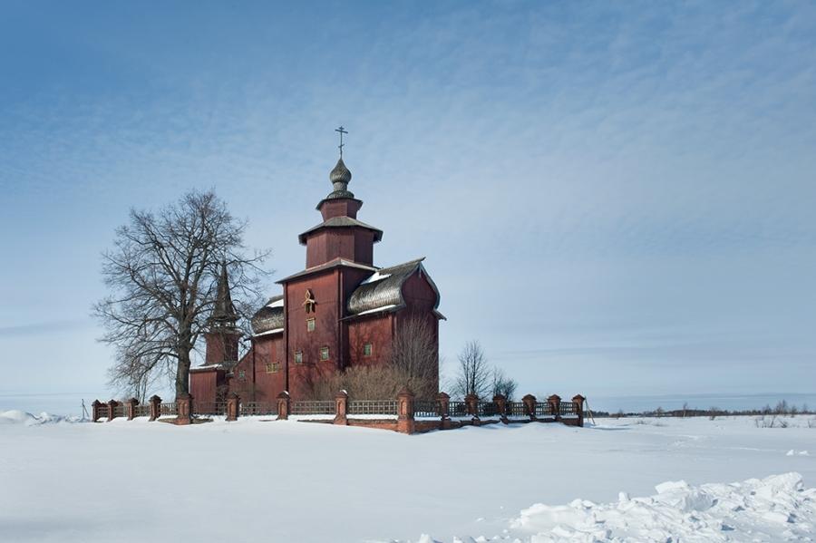 Храм Иоанна Богослова на речке Ишне (1687 г.)