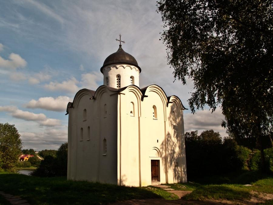 Старая Ладога.Церковь Георгия Победоносца 12век.