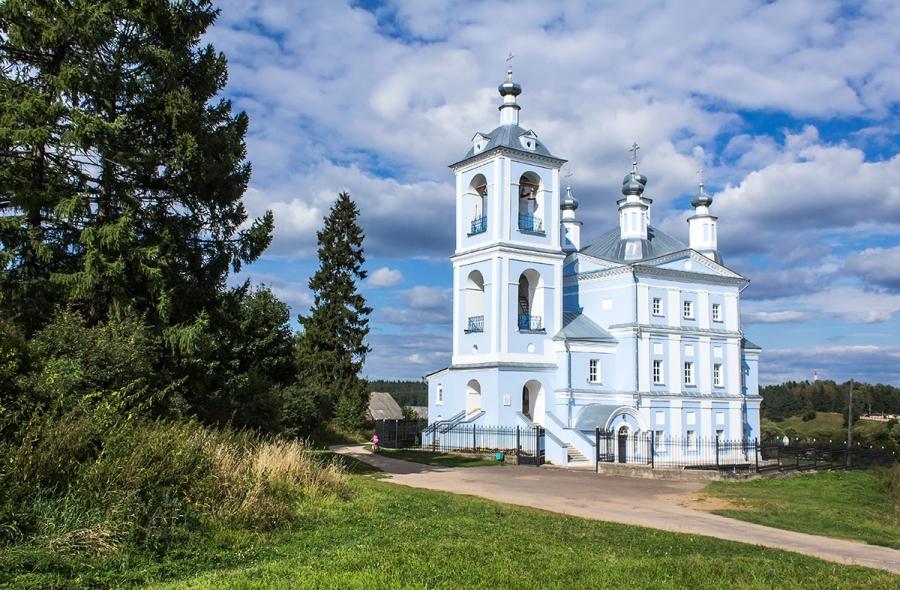 Верея.Ильинская церковь.