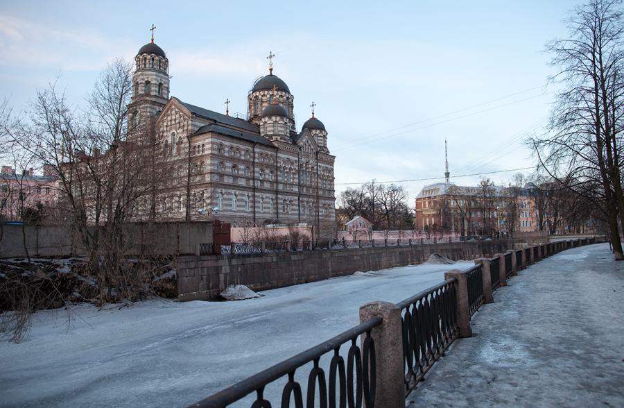 Питер. Иоанновский монастырь. Март