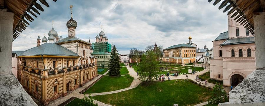 Панорама Патриаршего подворья ростовского кремля