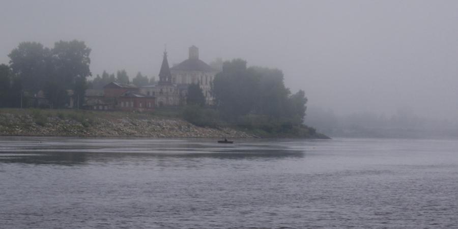 Туман рассорился с дождём...