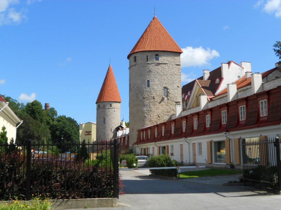 Башни старого города многое помнят.....