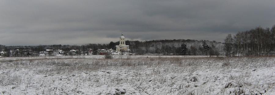 Вид на Никольский храм.