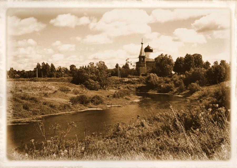 На берегу реки Сестры.