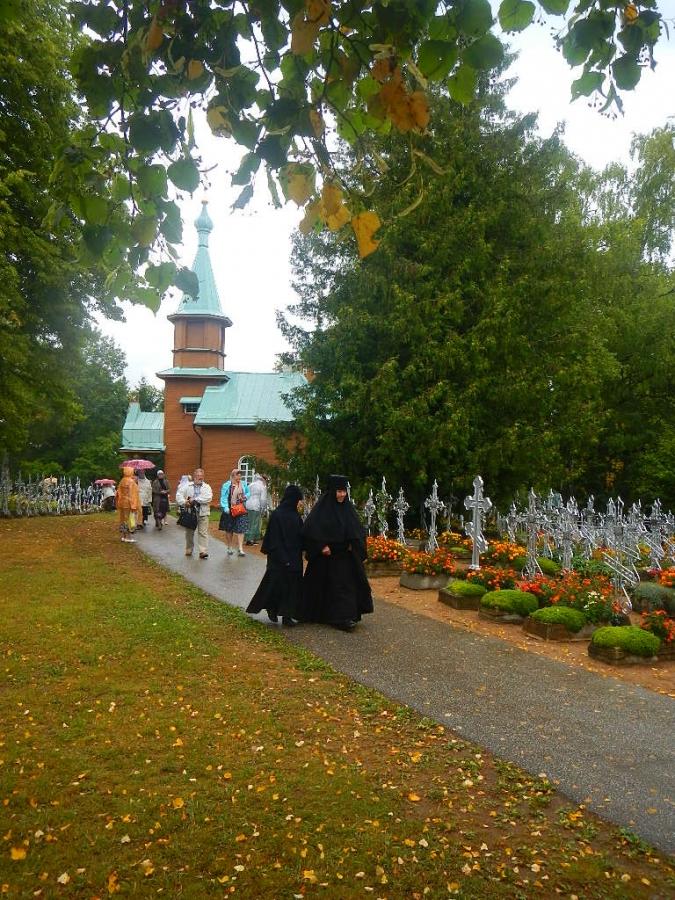 Праздник Успения Богородицы в Пюхтицком монастыре.